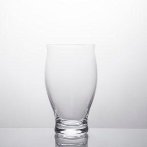 Bicchiere acqua in vetro soffiato